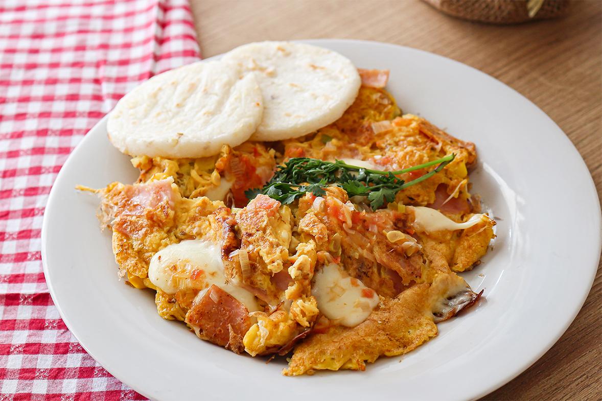 tamales ricos huevos